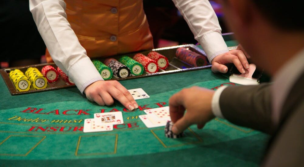 Full-time Casino Player Exposes Just How To Win At Casino Blackjack Betting